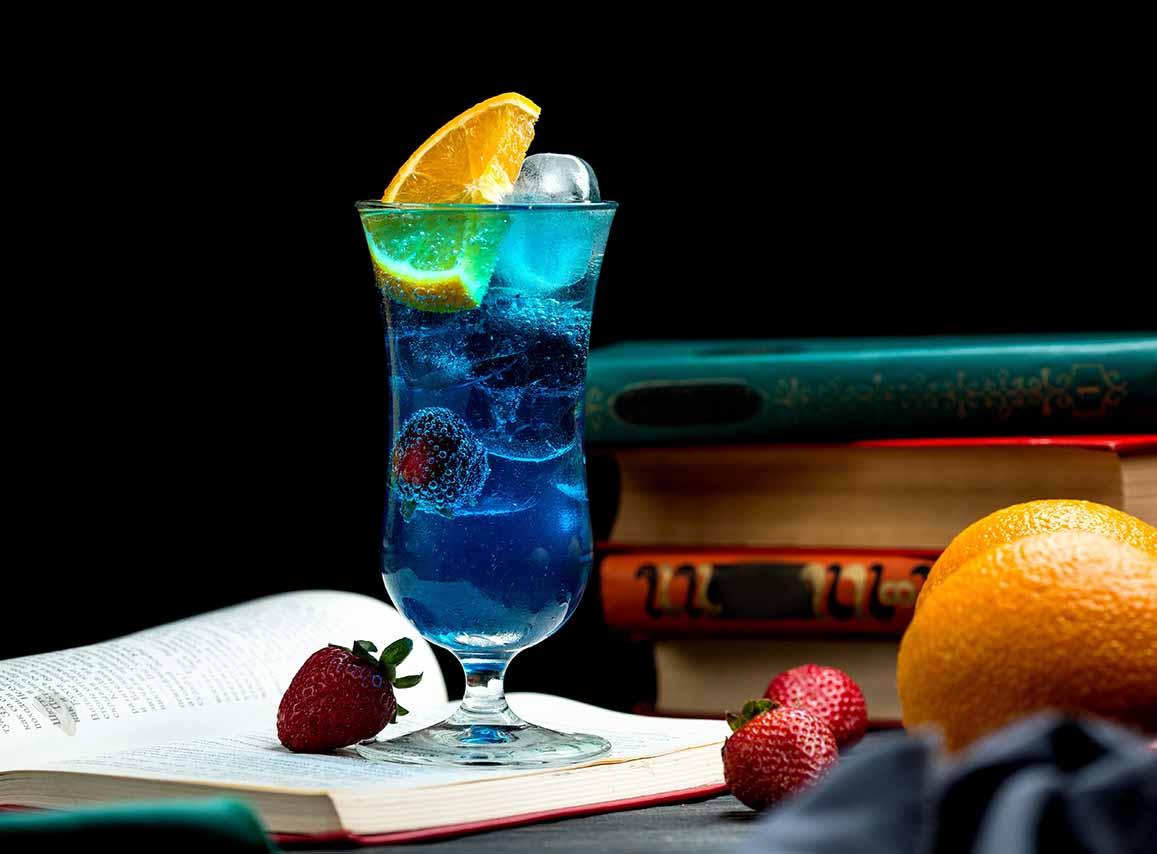 Blue-Lagoon-cocktail-recipe