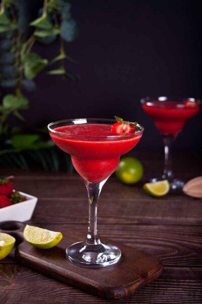 Strawberry-Daiquiri-cocktail-recipe