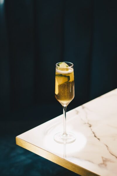 Death-in-the-Afternoon-cocktail-recipe