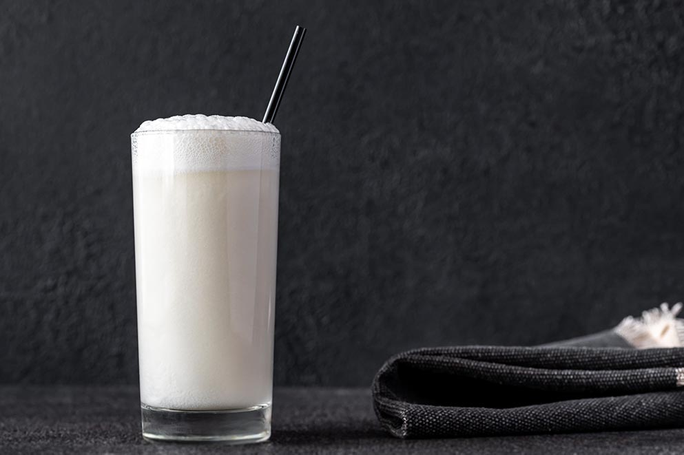 Gin-Fizz-cocktail-recipe